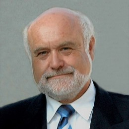 Dr. Kilian Kreilinger